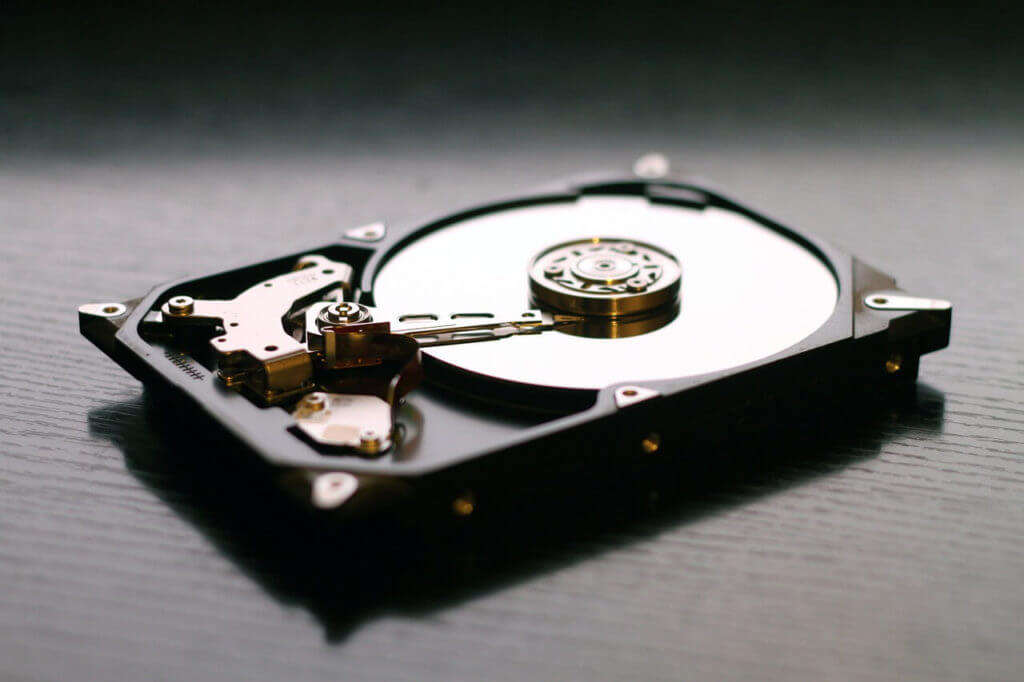 Easy Way To Format Your Hard Disk By Using Your Notepad !!