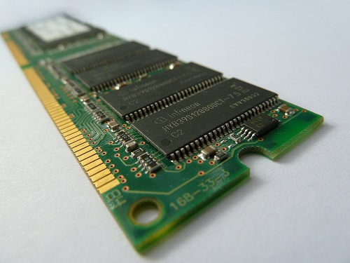 Optimize and Reduce the Consumption of RAM , RAM (Random access Memory ) is one of the most important elements in any hardware device , either... Optimize and Reduce the Consumption of RAM in a click.