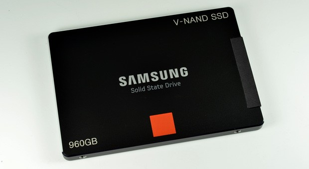 3D V-NAND Technology: Powering The Future Solid State Drives