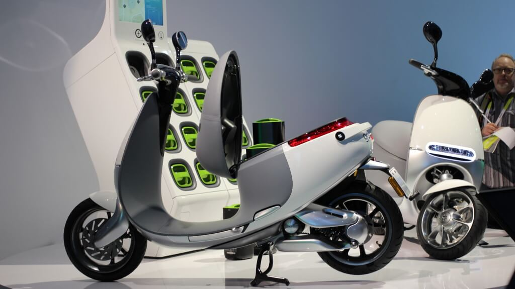 gogoro smart scooter [Source: flickr.com]