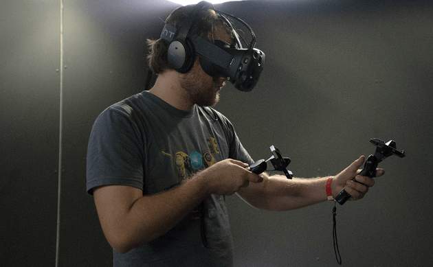 War Of Virtual Reality Devices: The Ultimate Comparison Of VR Headsets